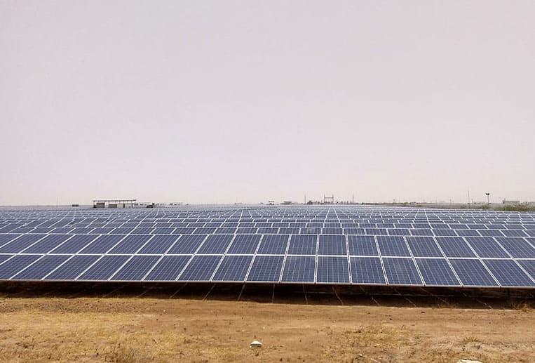 Gujarat Solar Parl - Mahindra Susten
